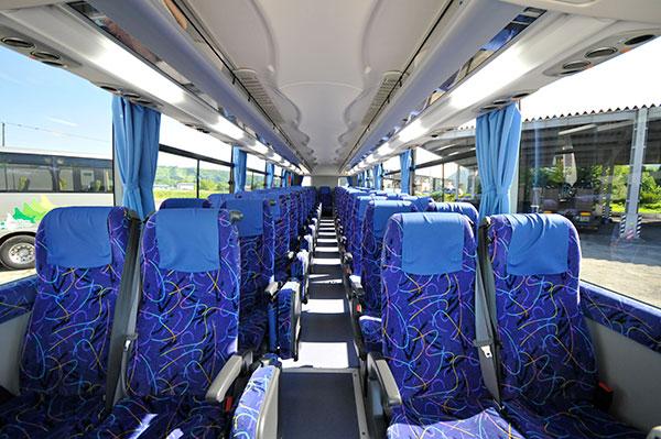 大型バス 客室