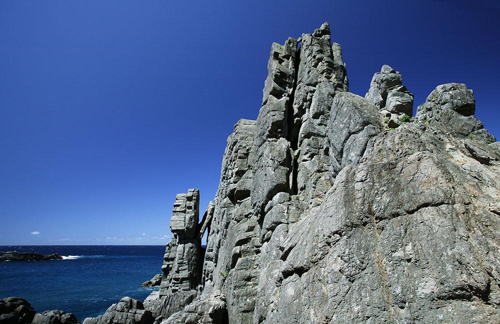 積丹 積丹半島 岸壁